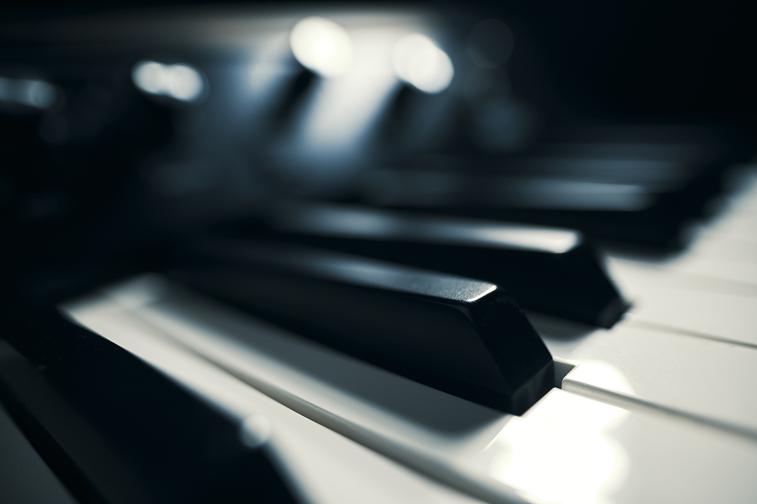 piano electric music detail