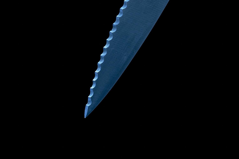 knife minimal blue steel