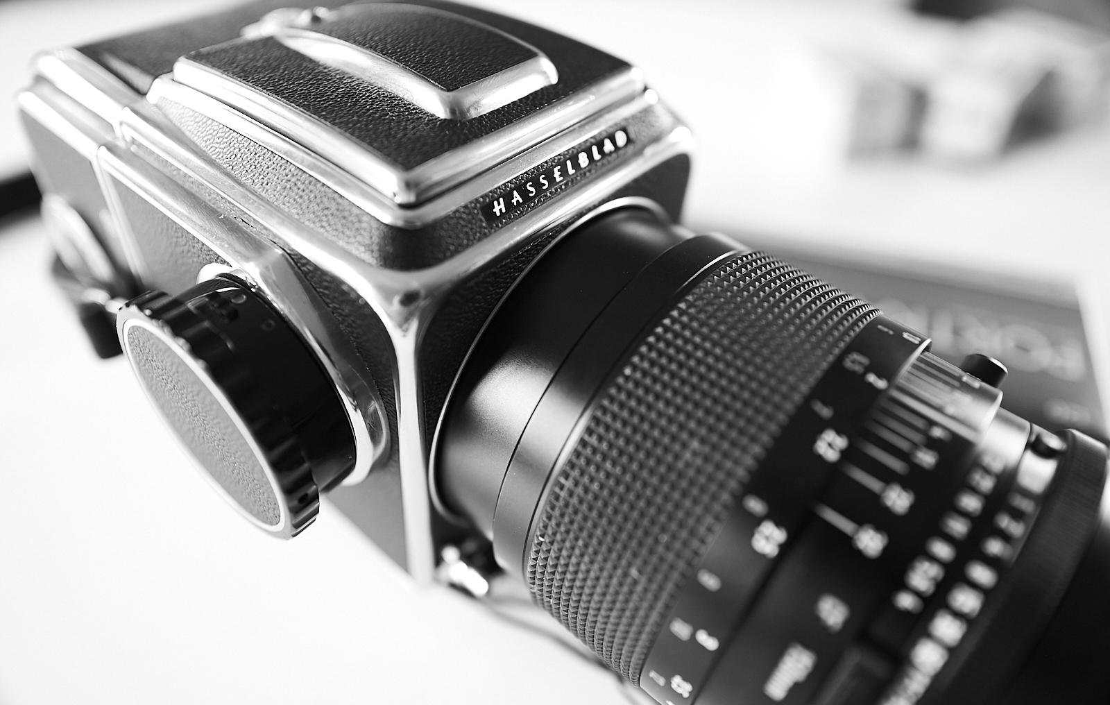 Hasselblad 500c medium format camera 150 Zeiss lens black and white film 120 mm