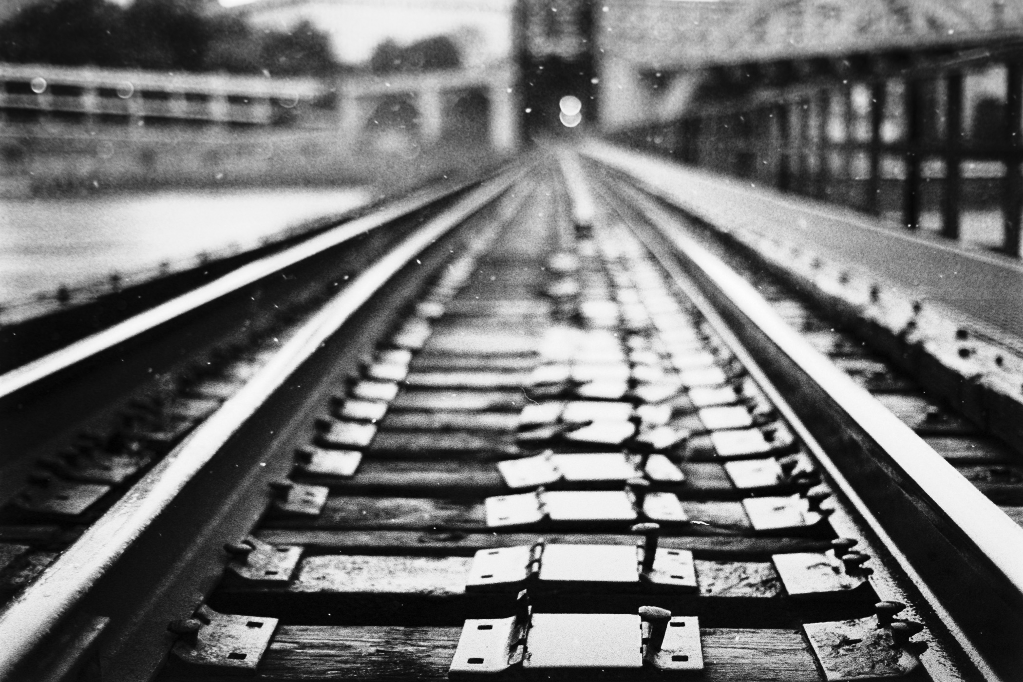 Train tracks in the rain, Saint Paul, Kodak TriX 400 B&W film, Nikon FE 35mm