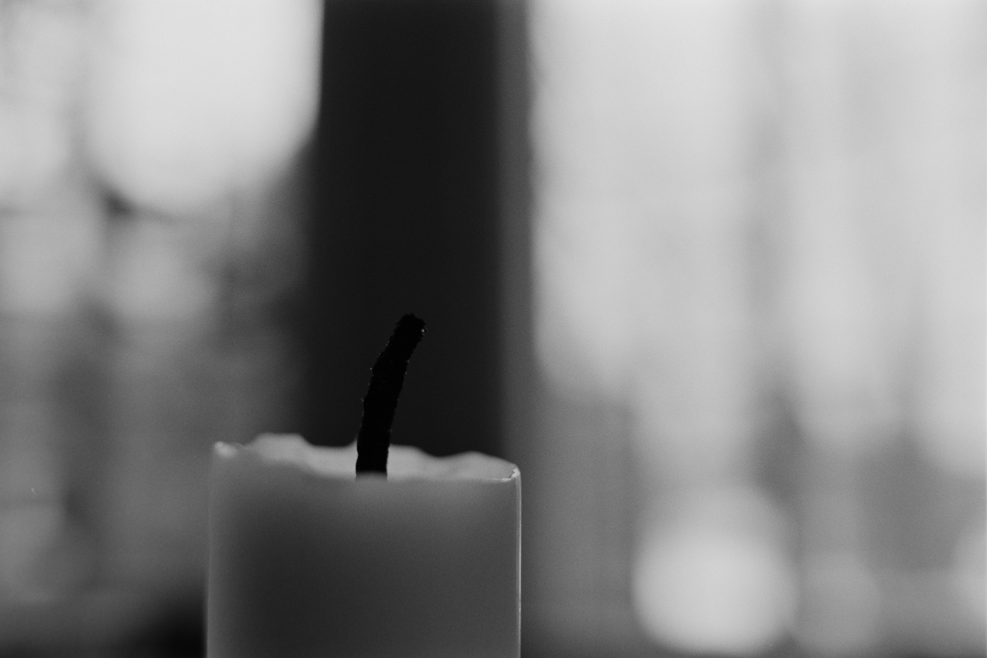 candle black and white ilford pan ffilm