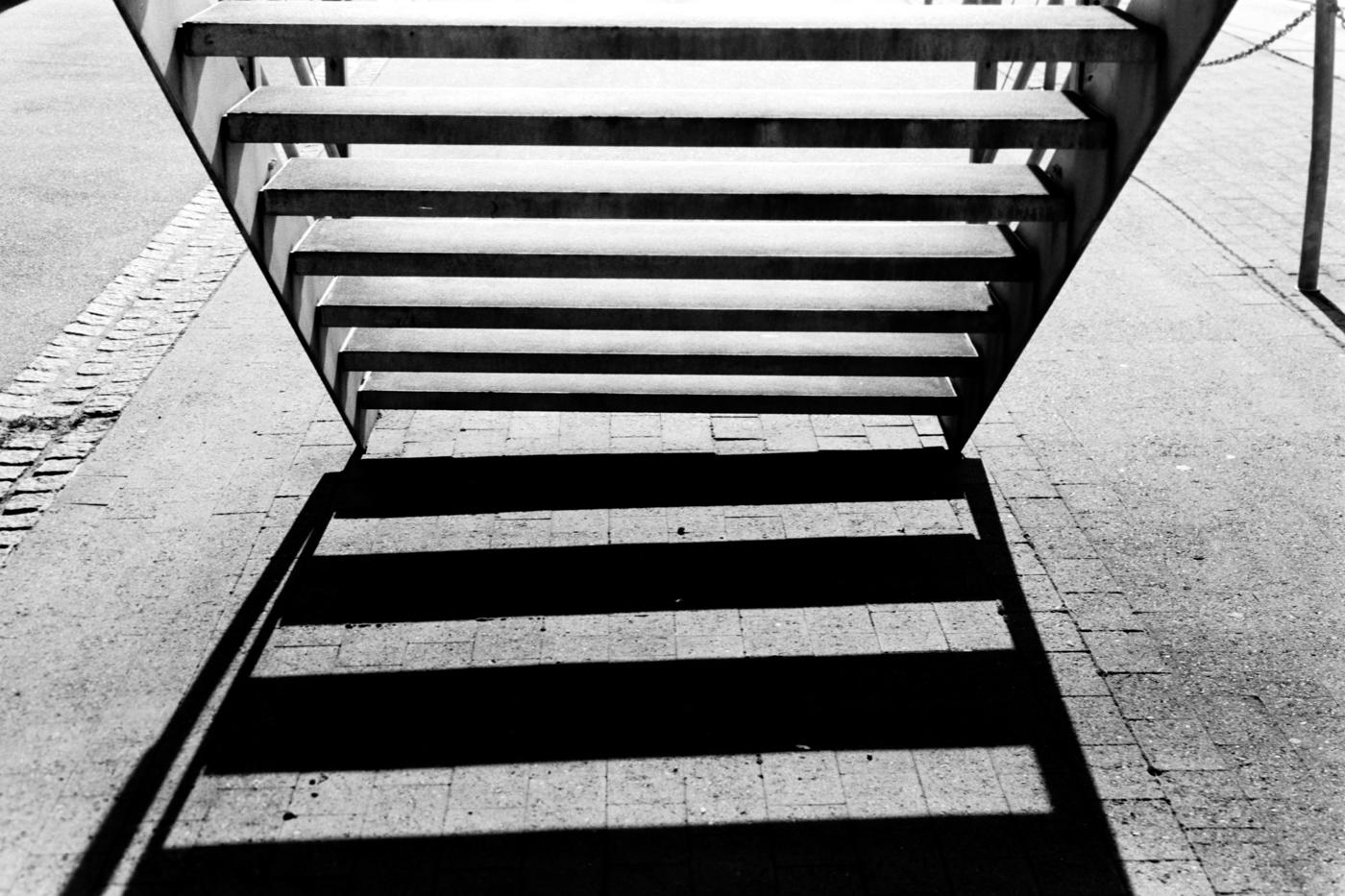 street photography Basel shadow leica m3 kodak tmax 100