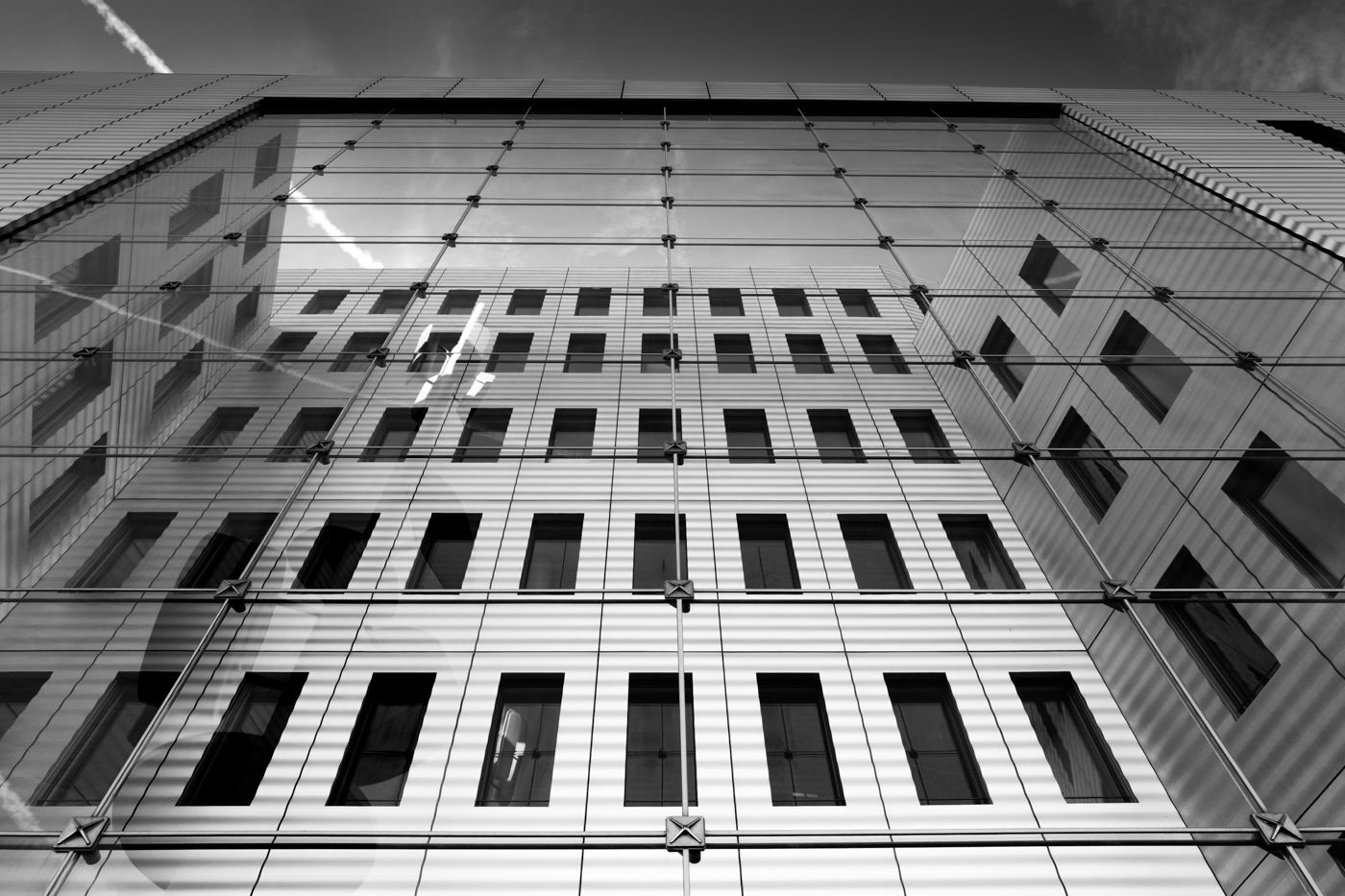 architecture photography black and white leica Q
