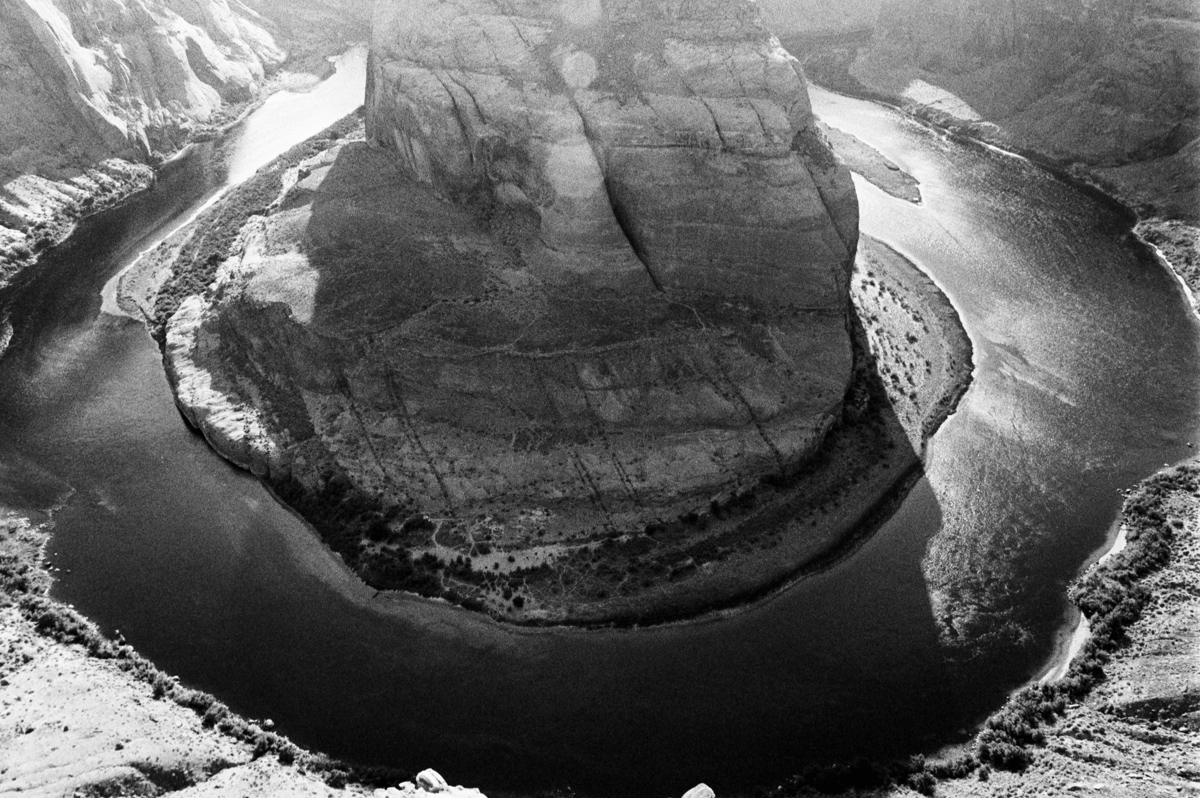 Horseshoe Bend, AZ Ultrafine Xtreme 400 @ 1600 Nikon FE 28mm HC-110